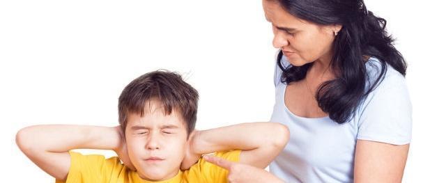 """""""Невинные"""" фразы мамы, которые способны нанести ребенку психологическую травму"""