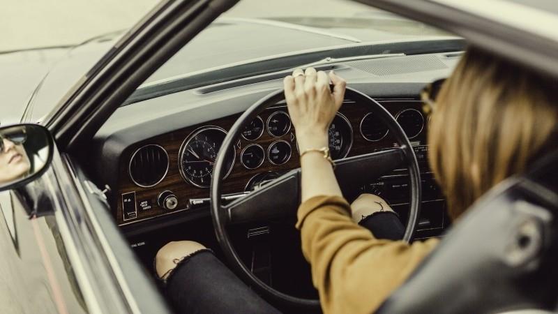 Срок ожидания новых автомобилей классов B и C вырос в России на 1,5 месяца Экономика