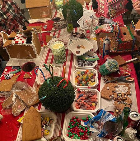 Как Джиджи Хадид и Зейн Малик отпраздновали первое Рождество с дочерью: семейные фото Дети,Дети знаменитостей
