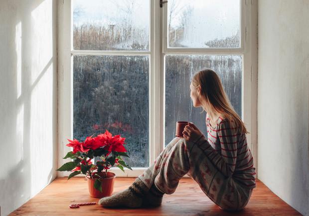 Чего нельзя делать дома во время грозы