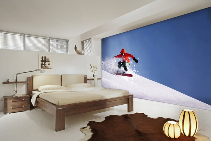 сноубордист на склоне