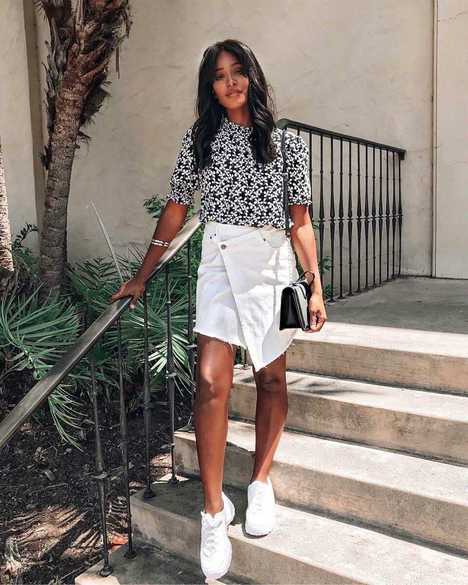 Создай неповторимый и стильный образ! 18 примеров с чем носить юбку летом