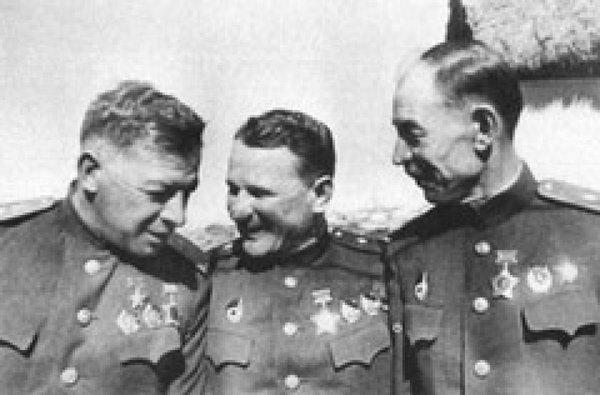 Иван Михайлович Чистяков - рассказ о герое Советского Союза.
