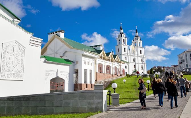 Беларусь: «Зарплата хорошая, только маленькая»
