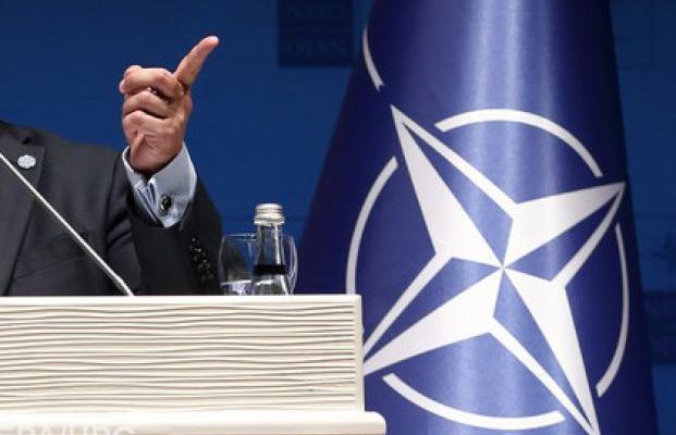 НАТО: «Россия - плохая! Дава…
