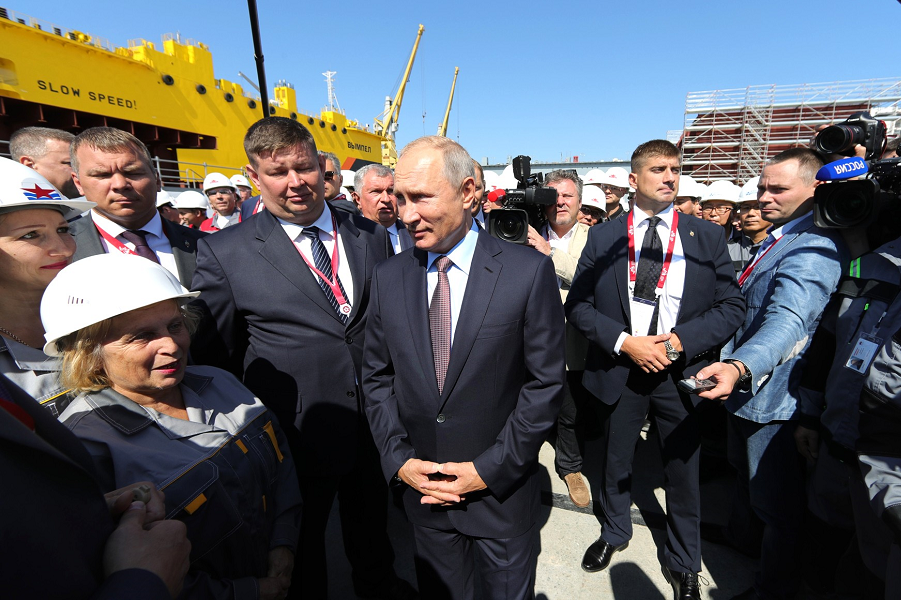 Что это было? Я о зарплатах и Путине на «Звезде». Они что-нибудь знают о народе?