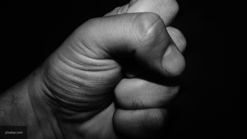 В Ростове местный житель стал жертвой жестокого нападения хулиганов