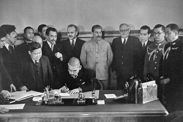 Гений Сталина:  Когда избежать войны на два фронта было почти невозможно ссср, япония