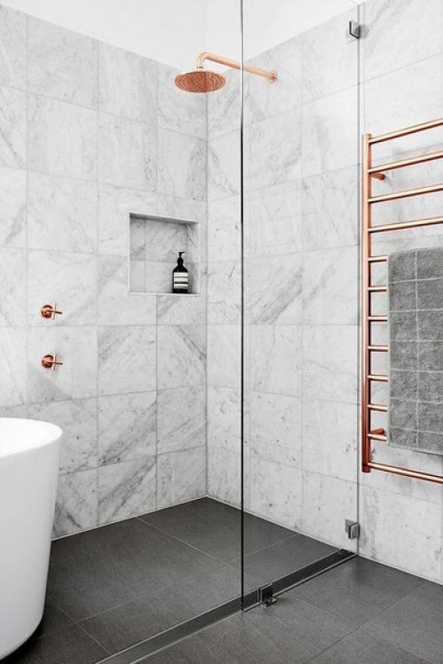 Думаете, что мрамор уместен , внимание, только в кухне или в ванной комнате? идеи,советы