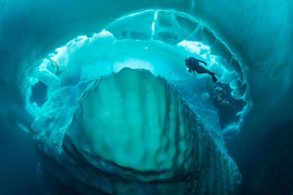 Айсберги под водой