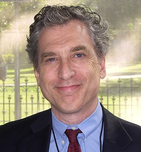 Обозреватель Foreign Policy призвал элиты объединиться против «бунта черни»