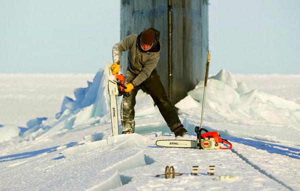 """Ирония судьбы: США попытались """"нанести условный удар"""" из Арктики по России, но не сумели проломить лед"""
