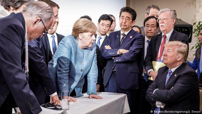 Страны G7 призвали Россию пр…