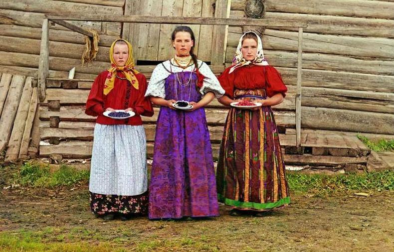 Самые первые цветные портреты жителей России