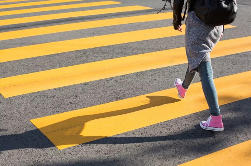 Все проблемы чаще всего возникают именно из-за пешеходов, а не водителей авто и мото,автоновости