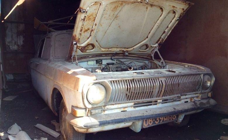 Автомобили, которые нашли во время сноса московских гаражей