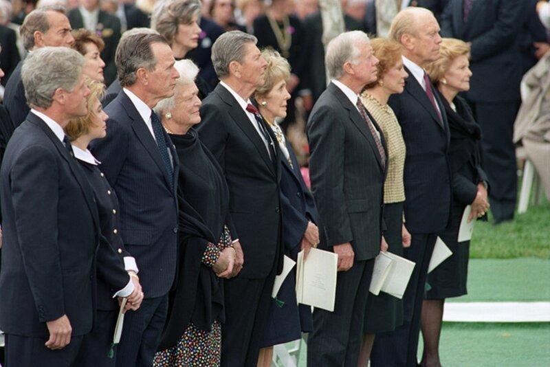 Пять президентов США на похоронах Ричарда Никсона 27 апреля 1994 года