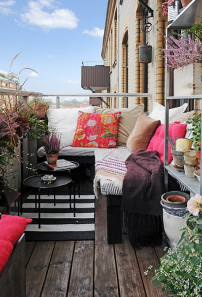 small-outdoor-furniture-for-balcony