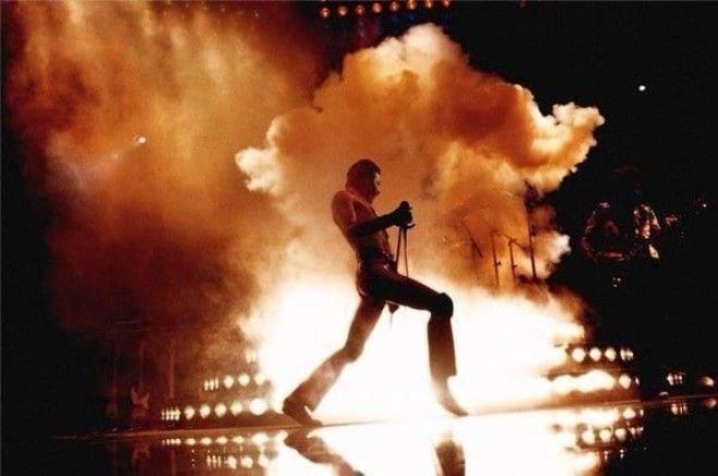 Фредди Меркьюри на сцене, 1981 год история, факты, фото