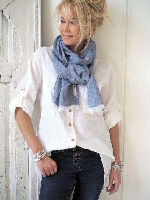 Рекомендации для дам элегантного возраста -- рваные джинсы. Носить ли. И  если носить 521b41d48745f
