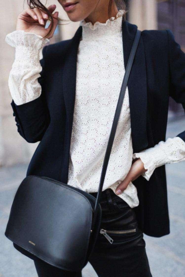 Хоть в офис, хоть на вечеринку - 12 самых модных фасонов блузок этой зимы лучшее