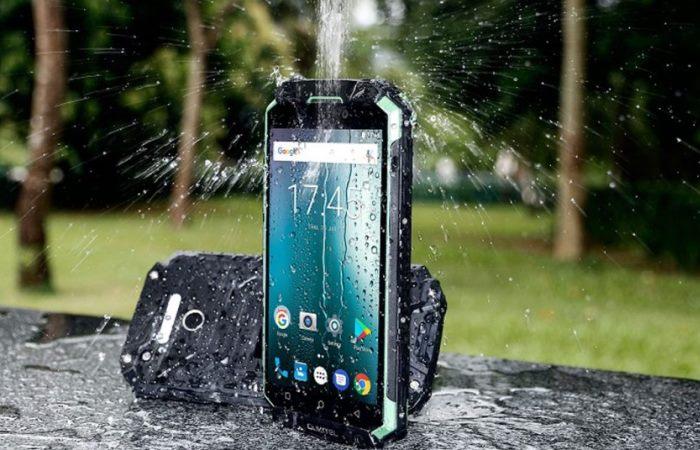 Смартфон из Китая, который не боится ударов и умеет нырять под воду.
