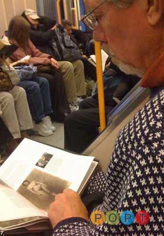 Люди в метро прикол (99 фото)
