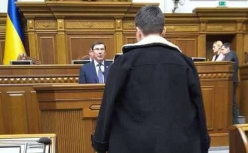 Балаган абсурда: тюрьма для Героя Украины