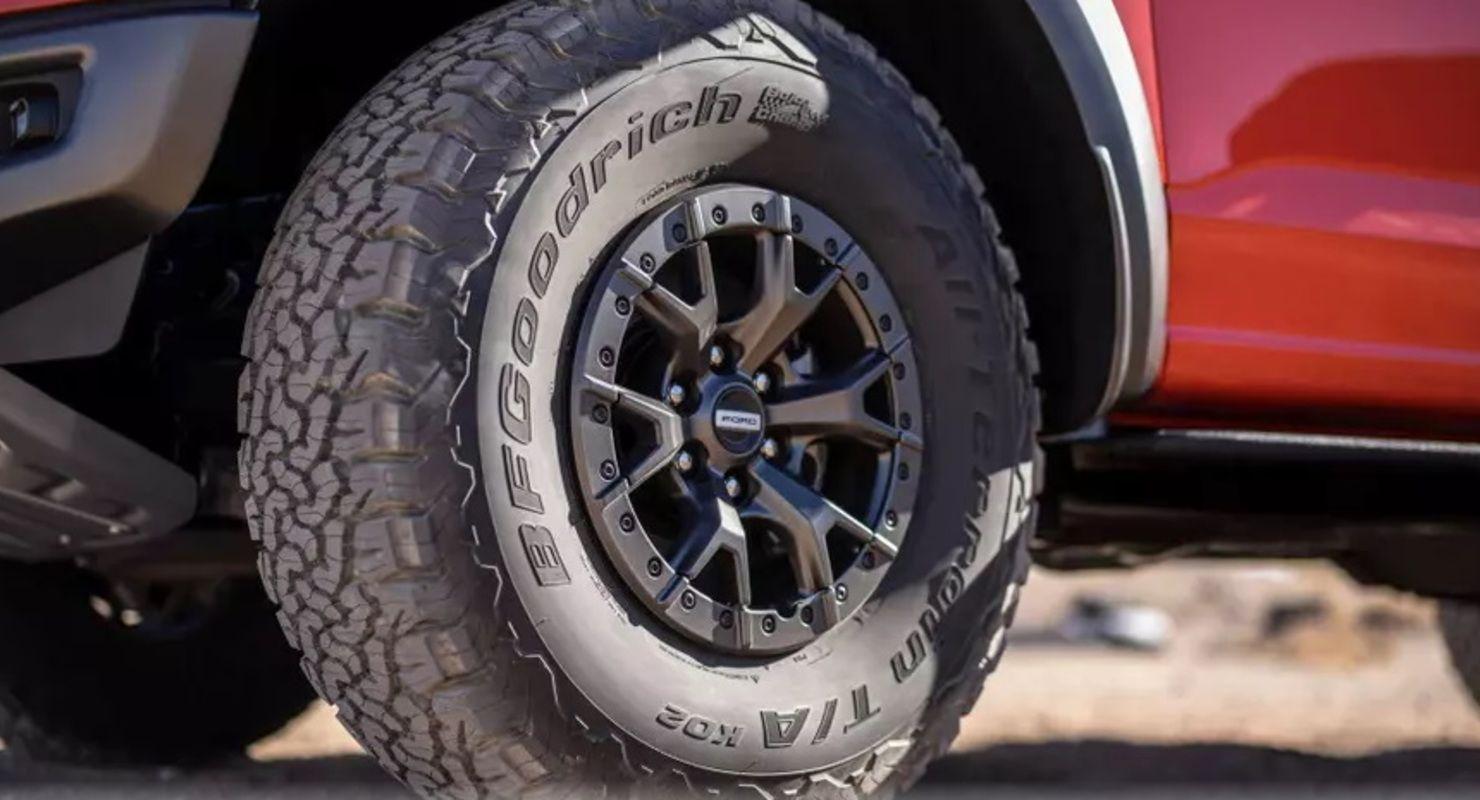 Ford вынужден был дорабатывать конвейер из-за шин нового F-150 Автомобили