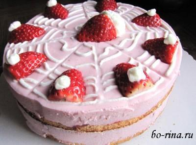 """Бисквитный торт """"Клубничка"""""""