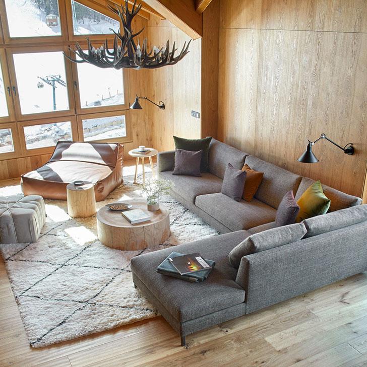 Современный дом в горах Андорры
