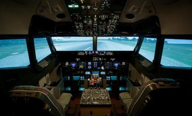 Посадка самолета: что видит пилот Видео,пилот,полет,Пространство,самолет