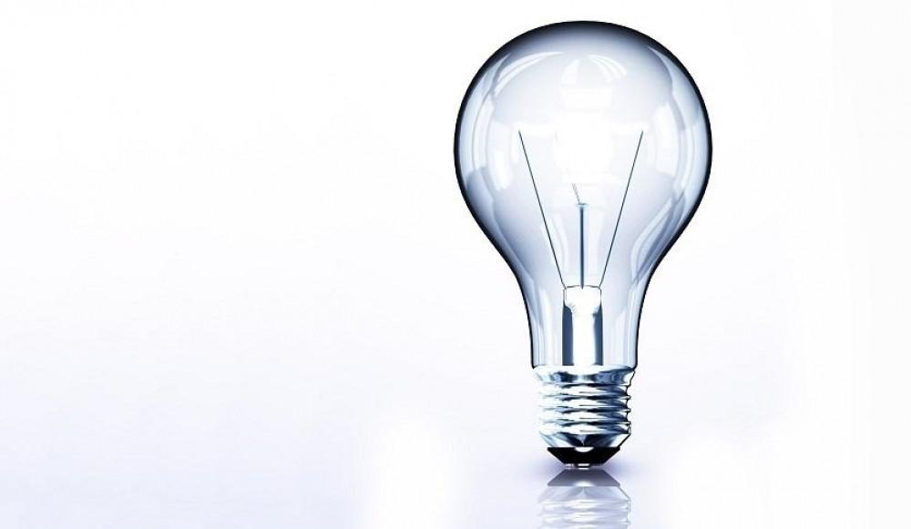 Лампочка горит против законов физики