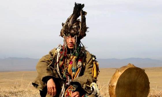 Киргизский черный шаман Аруу…