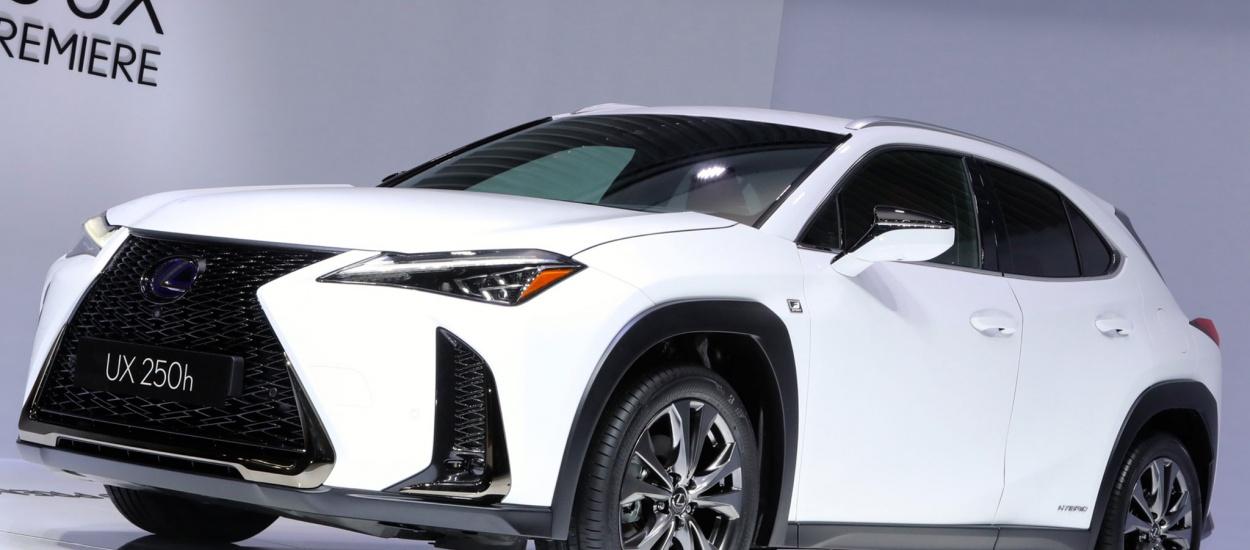 Lexus UX: смелый дизайн, новая платформа
