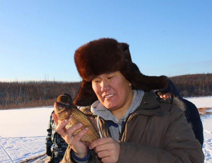 Мунха — якутская зимняя рыбалка