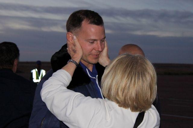 Член экипажа «Союза МС-10» Хейг вернулся в США