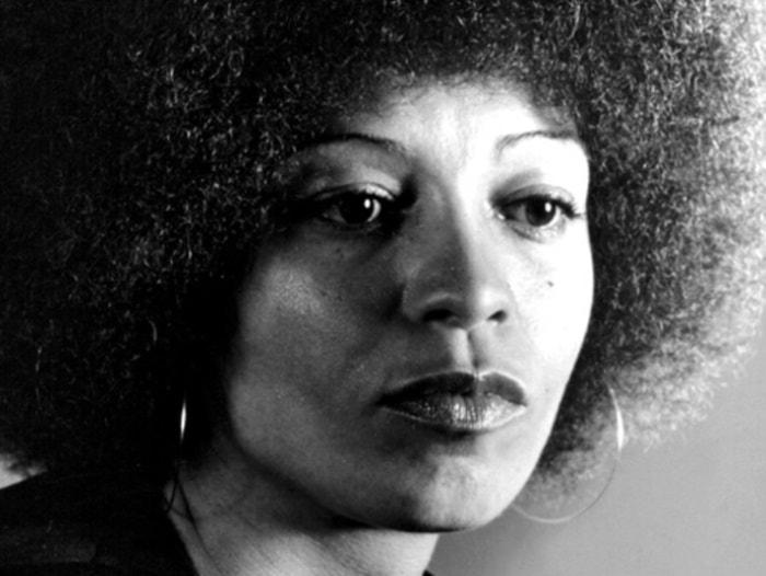 «Свободу Анджеле Дэвис!» — куда исчезла самая знаменитая американка 1970-х, и чем завершилась ее борьба