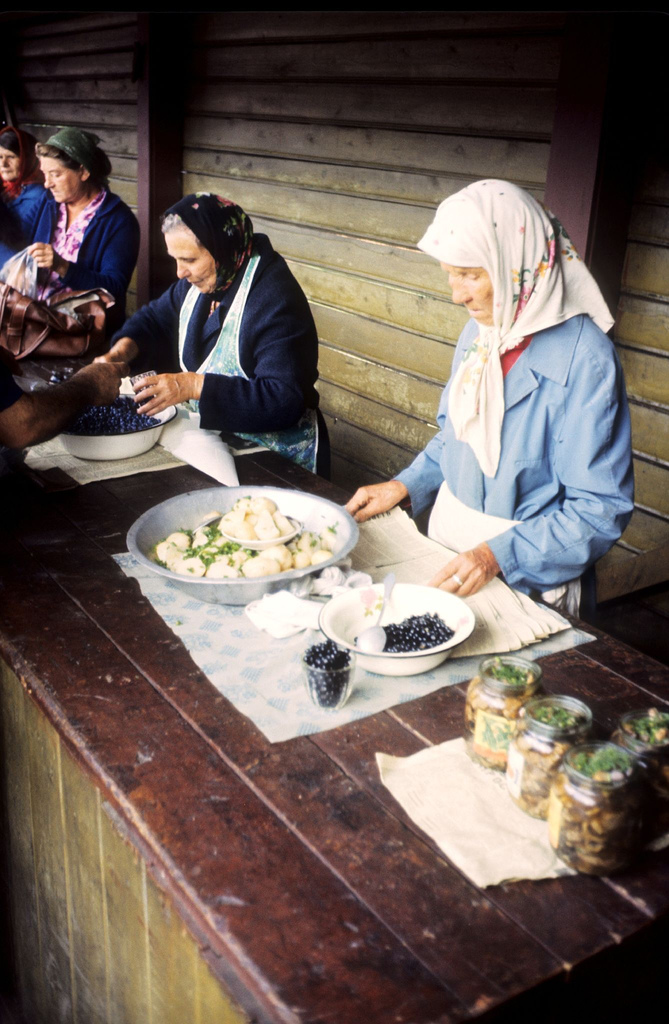 Транссиб-1980 :  на цветных фото путешественника из Японии