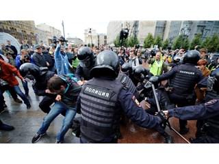 Московский «майдан» ― прививка от хаоса россия