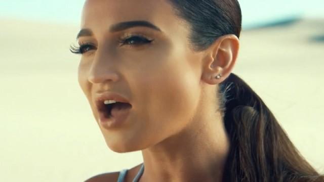 3 000 000 просмотров! Премьера нового музыкального клипа Ольги Бузовой на песню «Бери меня»