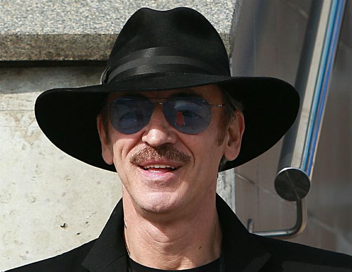 Михаил Боярский поддержал решение о повышении пенсионного возраста