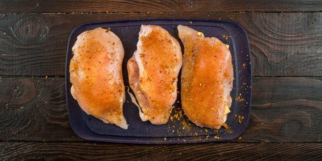 запечённая с грибами грудка: филе