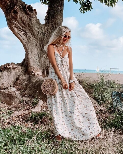 Как одеваться, чтобы легче переносить летнюю жару: 3 важных правила