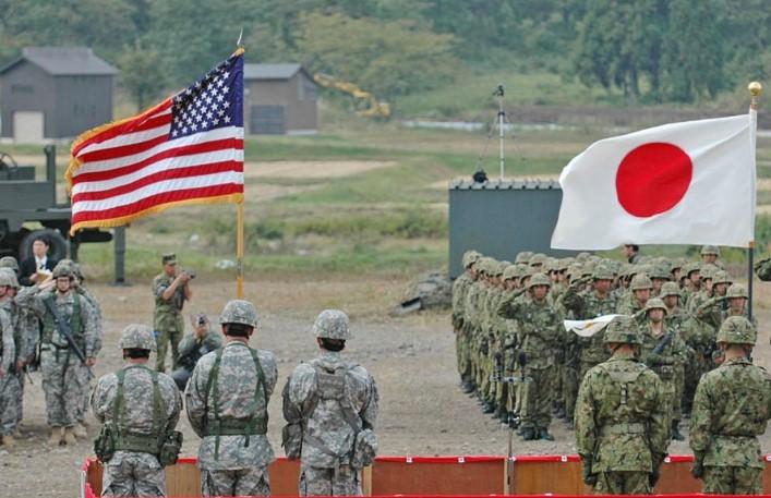 Япония: «Американские военные привезли к нам болезнь» базы,коронавирус,США,япония