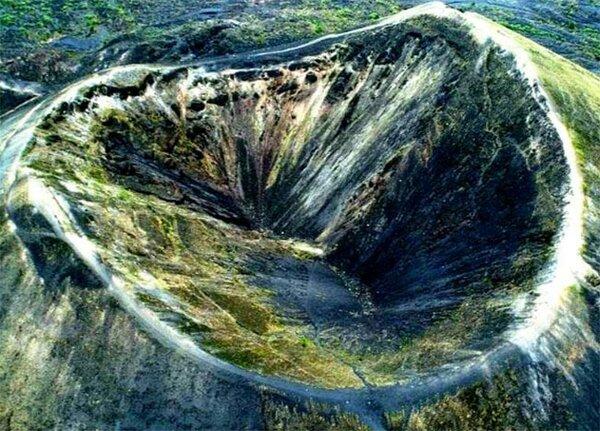 Вулкан Парикутин, Южная Америка. Источник изображения: Яндекс. Картинки