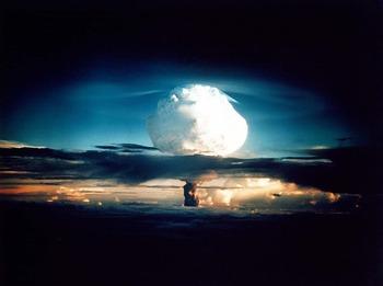 Супердержавы померялись бомб…