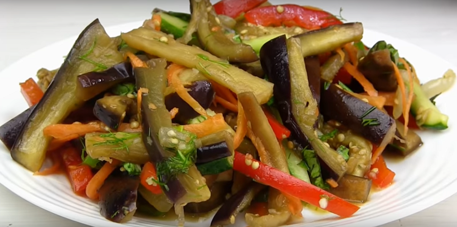 Салат по-корейски из баклажанов: просто бесподобный и очень вкусный