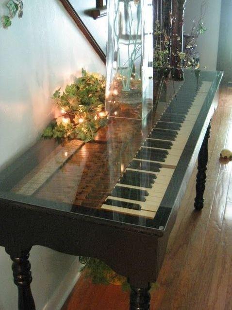 Остекленный верх не скрывает клавиш Фабрика идей, переделки, пианино и рояли, своими руками