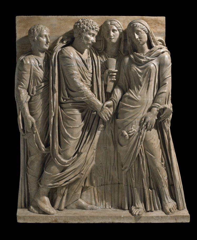 Налог на бездетность: рассказываем, к чему он привел Древнем Риме, Англии и Италии при Муссолини